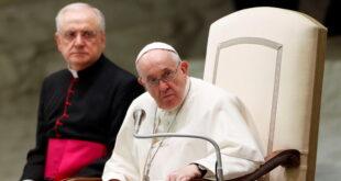 """البابا فرنسيس يعرب عن """"الخزي"""" من عجز الكنيسة عن توجيه ضحايا الانتهاكات"""